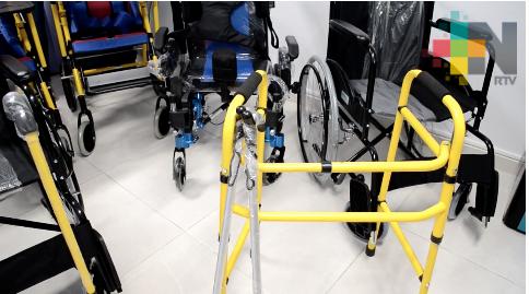 DIF de Tantoyuca entrega beneficios funcionales a personas con discapacidad