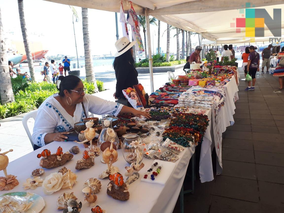 Realizan Caravana Cultural Veracruzana en malecón de Veracruz
