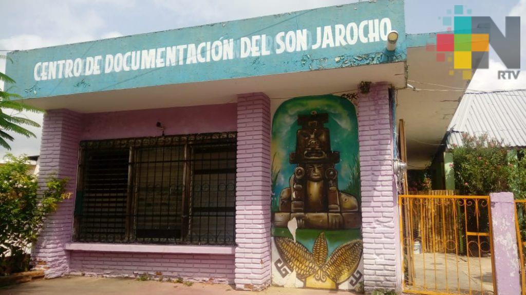 Avanza proyecto de remodelación de Centro de Documentación de Son Jarocho en Jáltipan