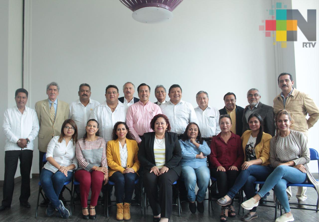 Pide Cuitláhuac a diputados veracruzanos priorizar austeridad, Reforma Educativa y presupuesto federal