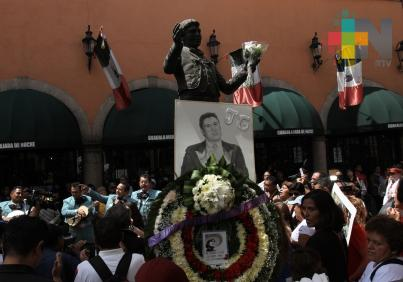 Recuerdan a Juan Gabriel en Garibaldi a dos años de su fallecimiento