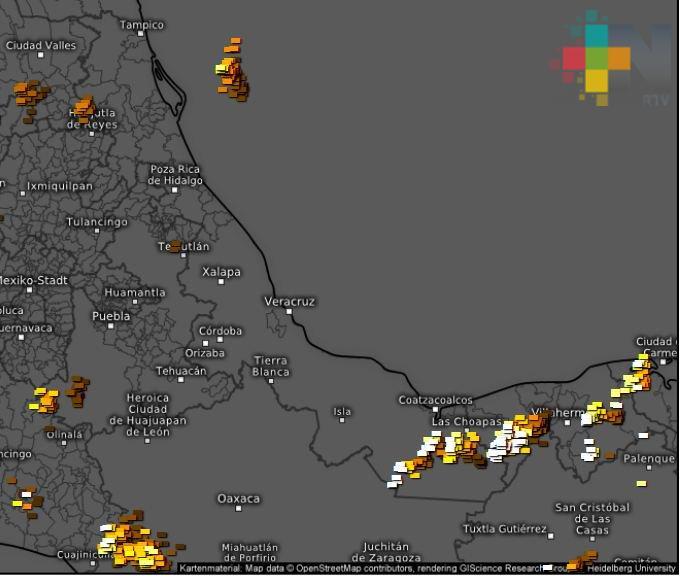 Se mantienen las condiciones de lluvia en Veracruz