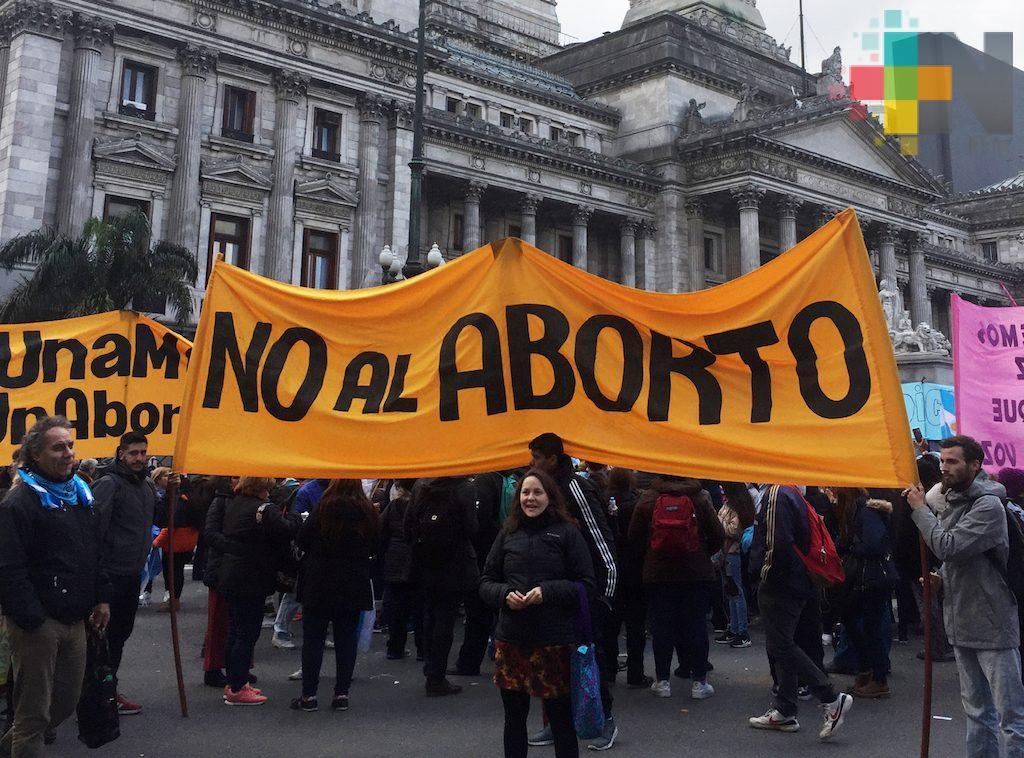 Rechaza Senado legalización de aborto en Argentina