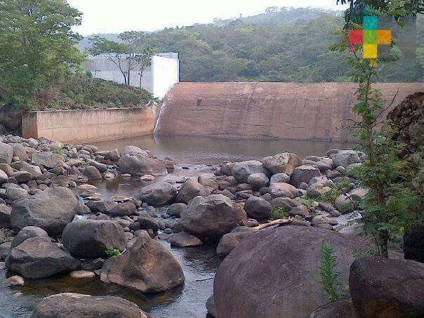 Cierran presa Yuribia por turbiedad de agua a causa de las lluvias