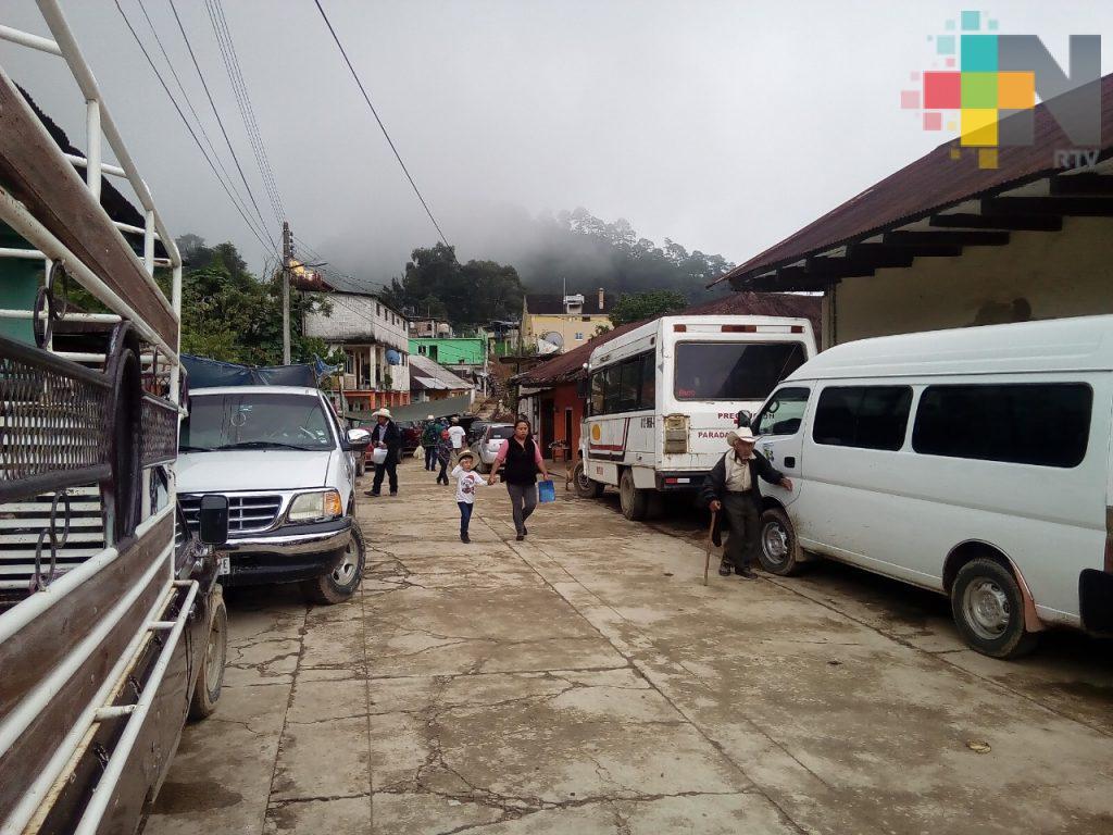 Automovilistas piden módulo de licencias de conducir en Huayacocotla