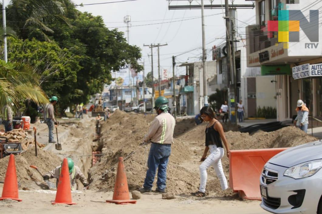 Rehabilitación lleva 65% de avance de la avenida Urano de Boca del Río