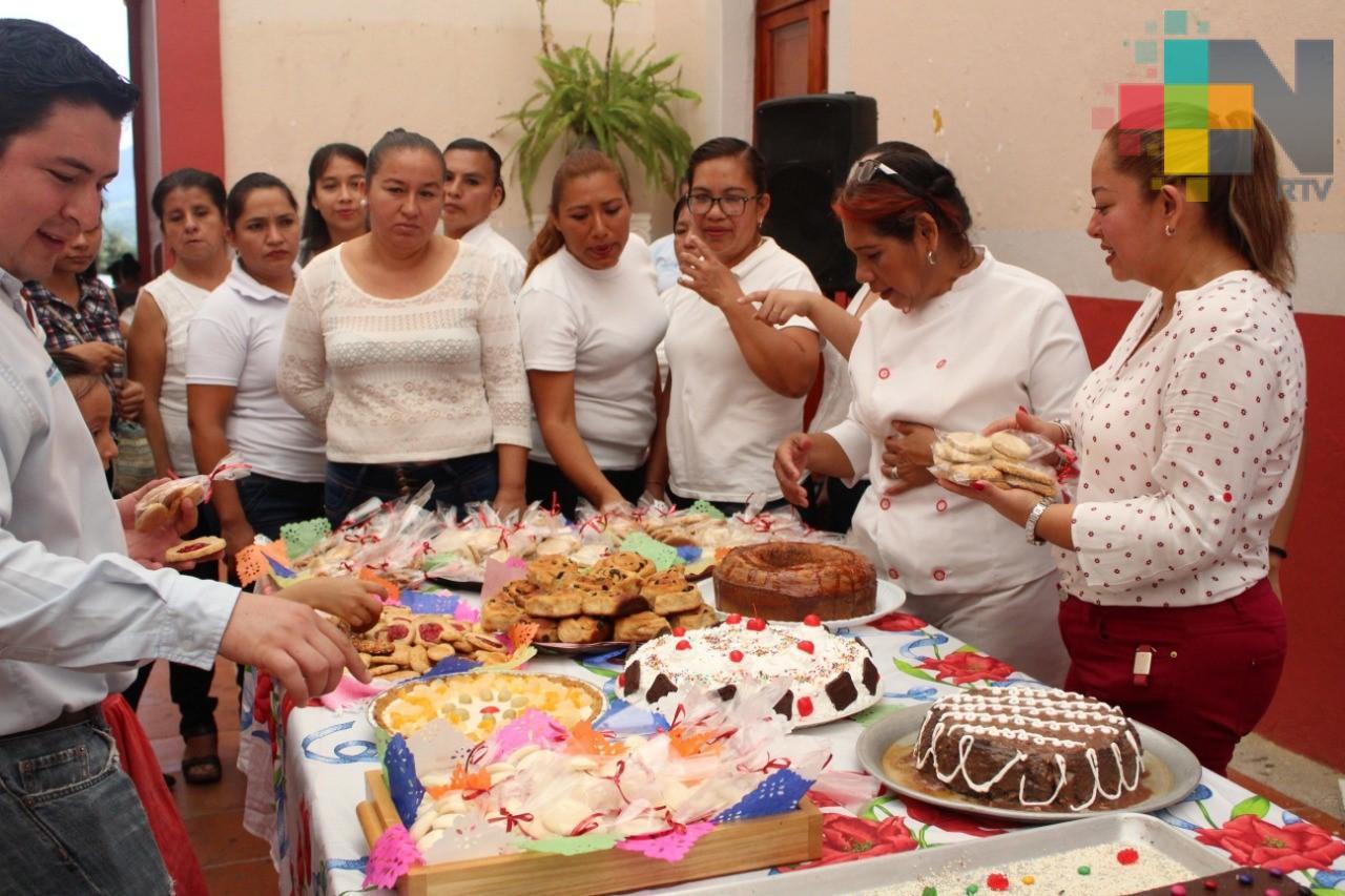 Concluyó taller de repostería y panadería en Misantla