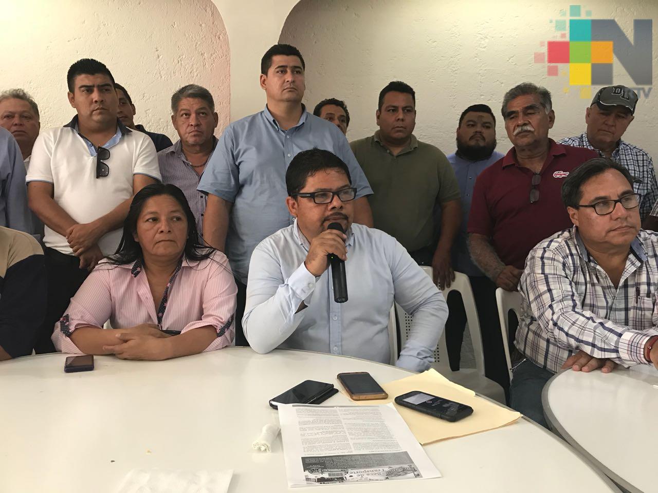 Transportistas urbanos del sur de Veracruz solicitaron un incremento en la tarifa de 9 a 12 pesos