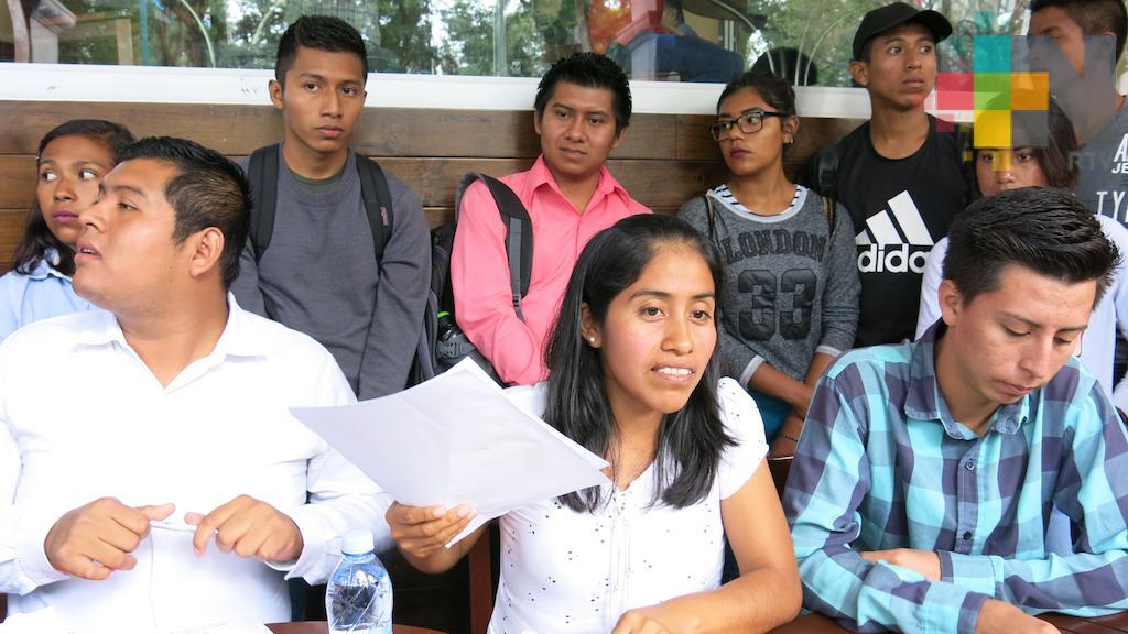 Antorchistas defienden diputación plurinominal de Diana Aguilar; piden al OPLE pronunciarse al respecto