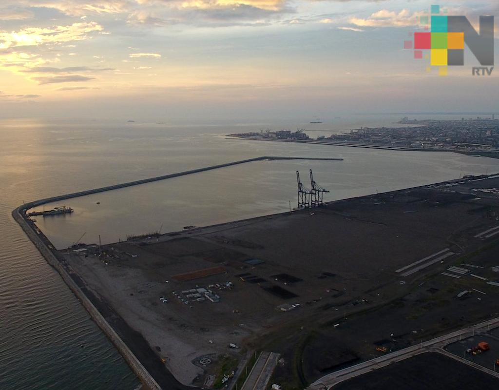 Nuevo Puerto de Veracruz recibirá hasta 90 millones de toneladas de carga