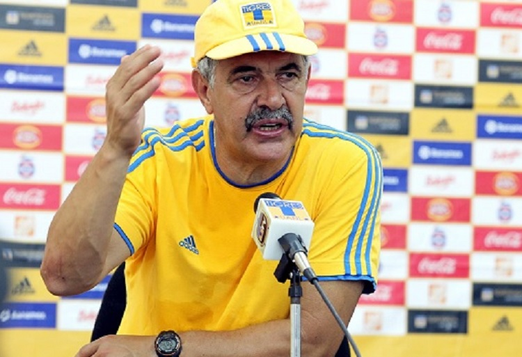 "Ferretti señala que para ser técnico del ""Tri"" deben convencer a Tigres"