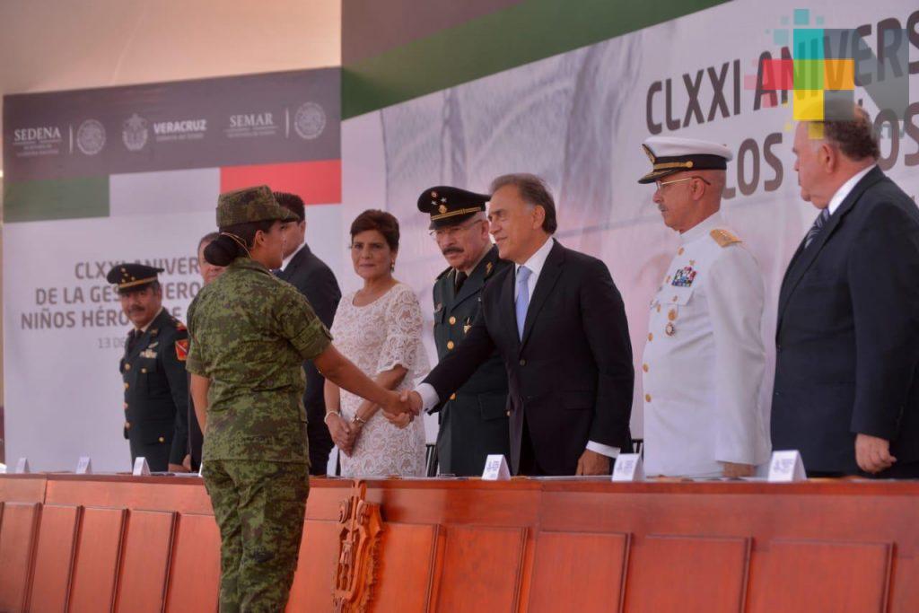 Reconoce el gobernador Yunes el gran apoyo de las Fuerzas Armadas en Veracruz