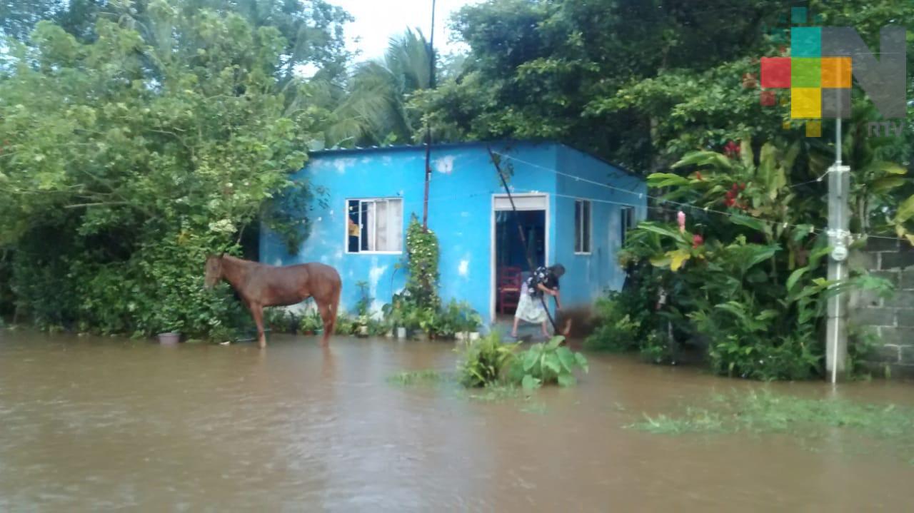 Debido a las lluvias resultan afectadas más de 500 familias en Ángel R. Cabada