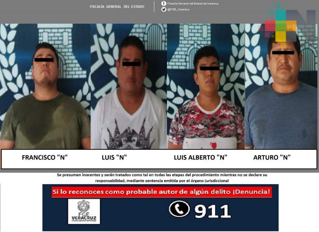 Detienen a probables integrantes de banda de narcomenudistas, en Tlapacoyan