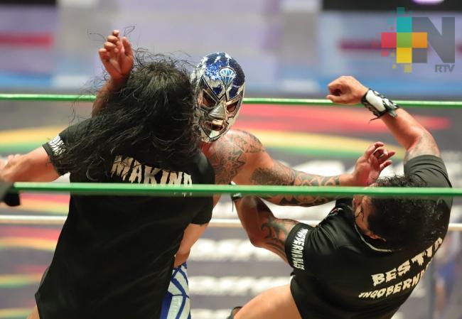 Blue Panther festejará 40 años de luchador en Arena México