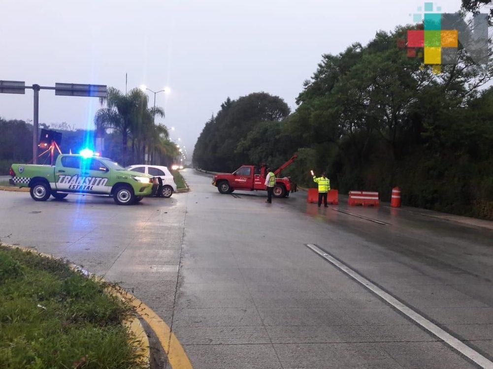 Debido a la lluvia, más accidentes se registraron en la carretera Xalapa-Coatepec