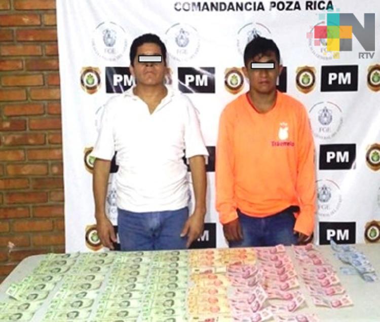 Detiene Policía Ministerial a dos probables extorsionadores en Poza Rica