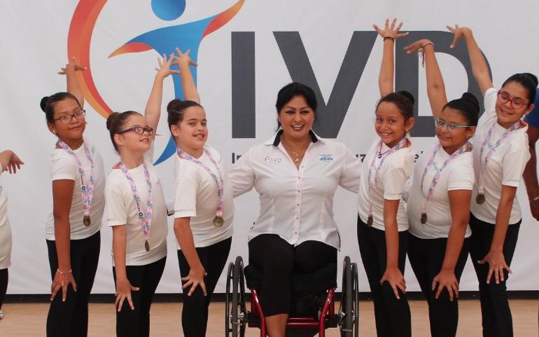 Escuela de nado sincronizado de Leyes de Reforma con primeras medallas nacionales