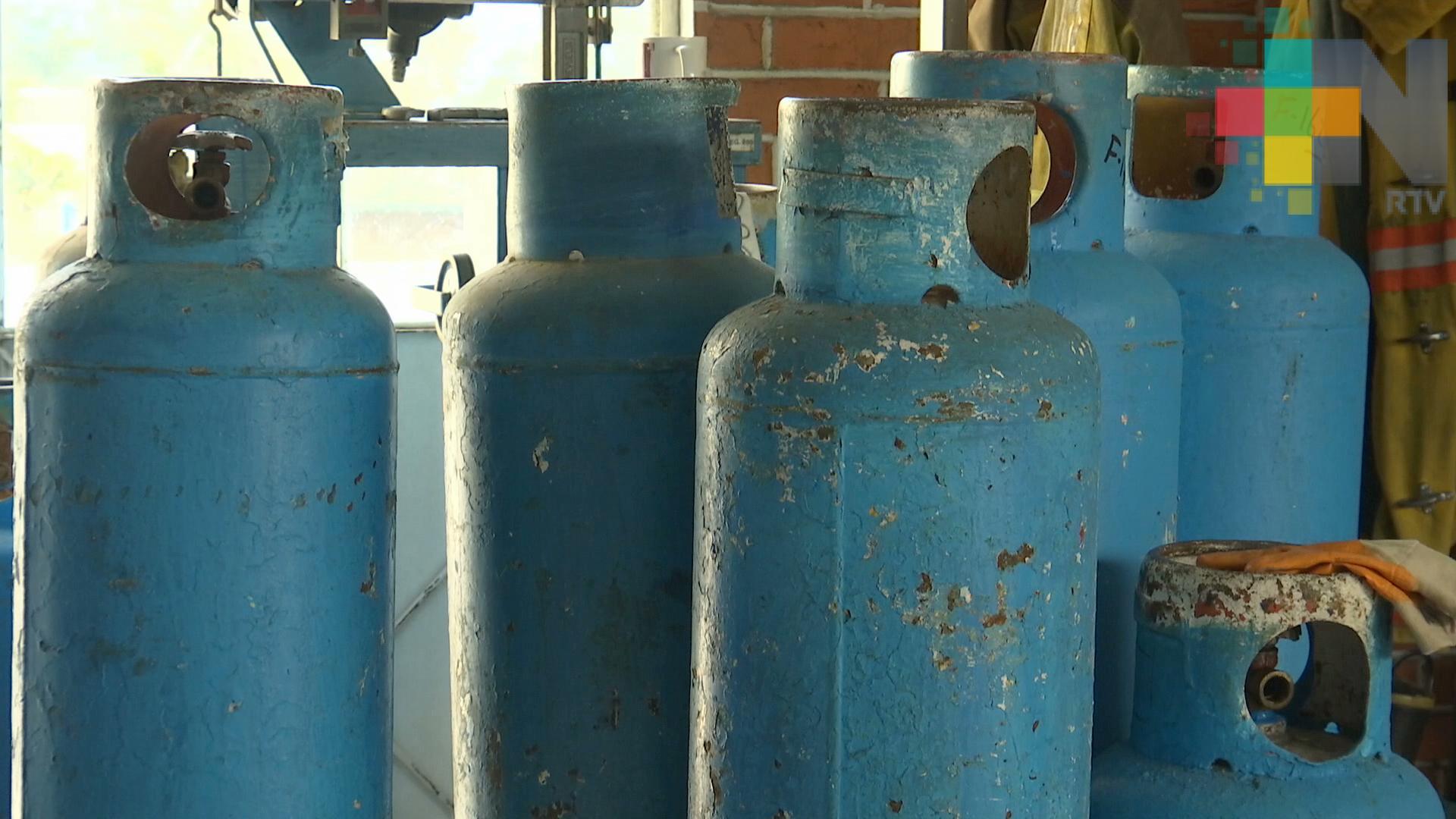 Aumento en tarifas de gasolina, gas y energía eléctrica afecta economía de familias