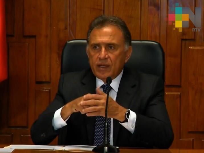 Gobernador Yunes dispuesto a comparecer si es requerido por Congreso entrante