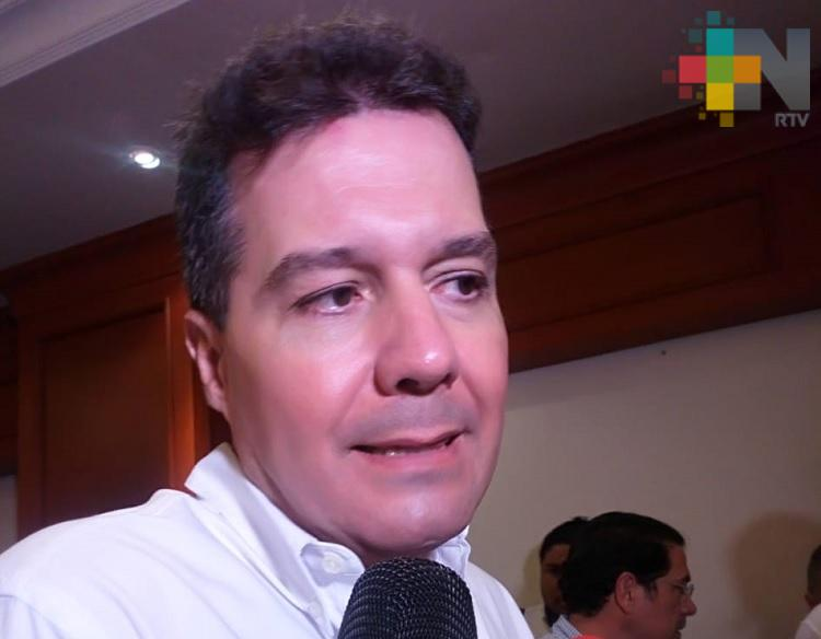 Empresa Petronas interesada en invertir en el puerto de Coatzacoalcos