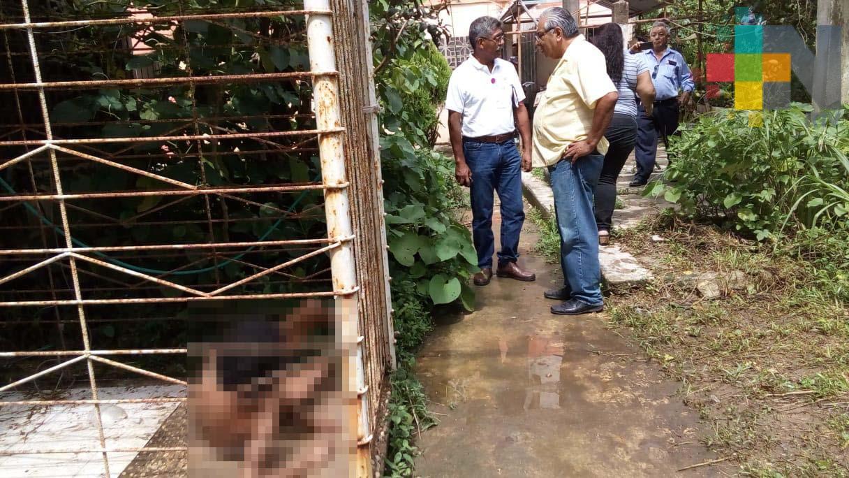 Familia mantenía enjaulada a mujer con esquizofrenia en Minatitlán