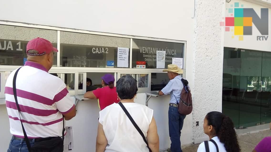 Invitan a ciudadanía a pagar  predial en la Sierra de Huayacocotla y Zacualpan