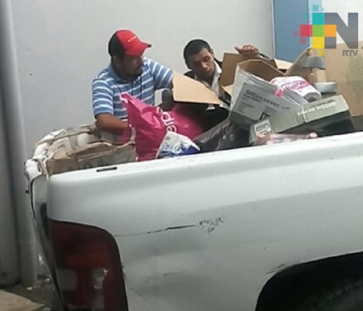 Municipio de Huayacocotla entregó víveres a damnificados de Álamo Temapache