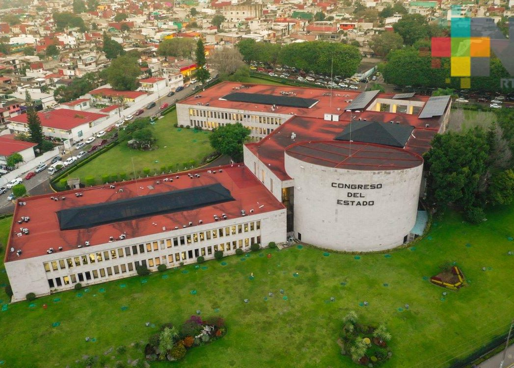 Entregan a Congreso decreto para adelantar participaciones del FAIS a municipios de Veracruz