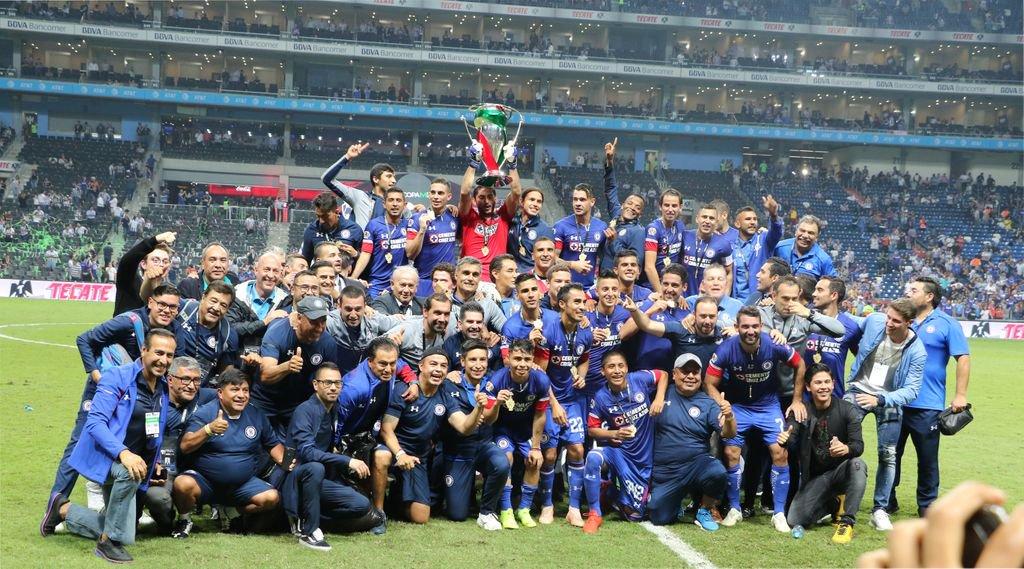 Cruz Azul se proclama campeón de Copa MX al derrotar 2-0 a Rayados