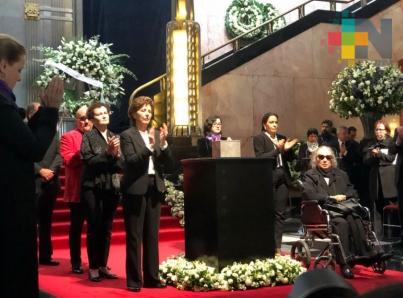 Rinden homenaje póstumo a Fernando del Paso en Bellas Artes