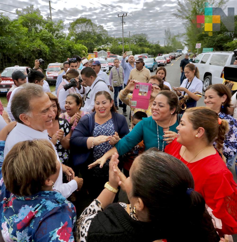 Inaugura el Gobernador Yunes la carretera Oluta – Soledad de Doblado – Camarón de Tejeda – Zentla – Huatusco