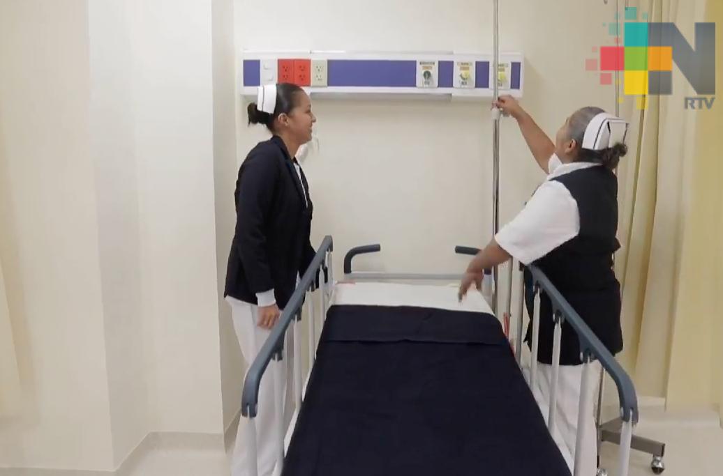 IMSS felicita y reconoce a enfermeras y enfermeros en su día