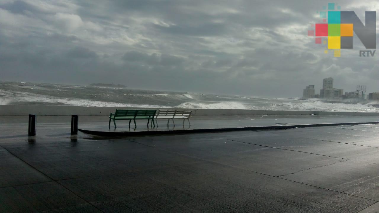 Se esperan fuertes lluvias y alto oleaje en el inicio del Carnaval de Veracruz