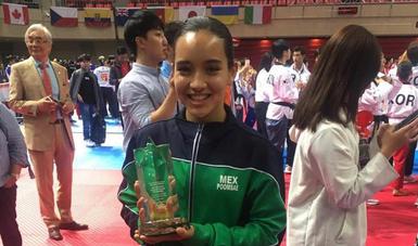 Nombran a Paula Fregoso mejor atleta en Mundial de Taekwondo Poomse Taipéi 2018