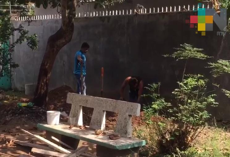 Inicia construcción de comedor en jardín de niños de Tres Valles