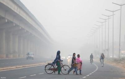 """Contaminación en Nueva Delhi alcanza niveles """"peligrosos"""""""