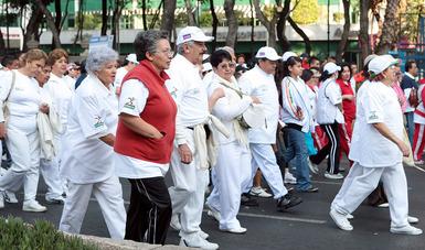 Activación física mejora calidad de vida de adultos mayores