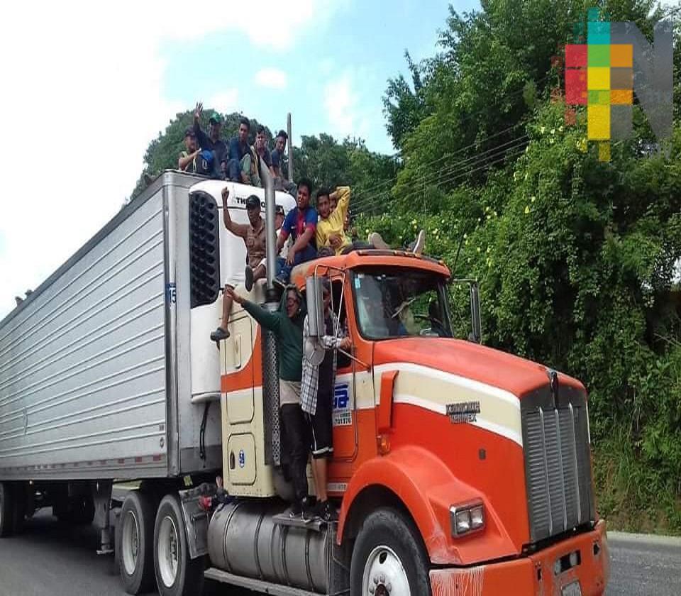 Caravana de migrantes, nuevo problema para conductores de unidades de transporte