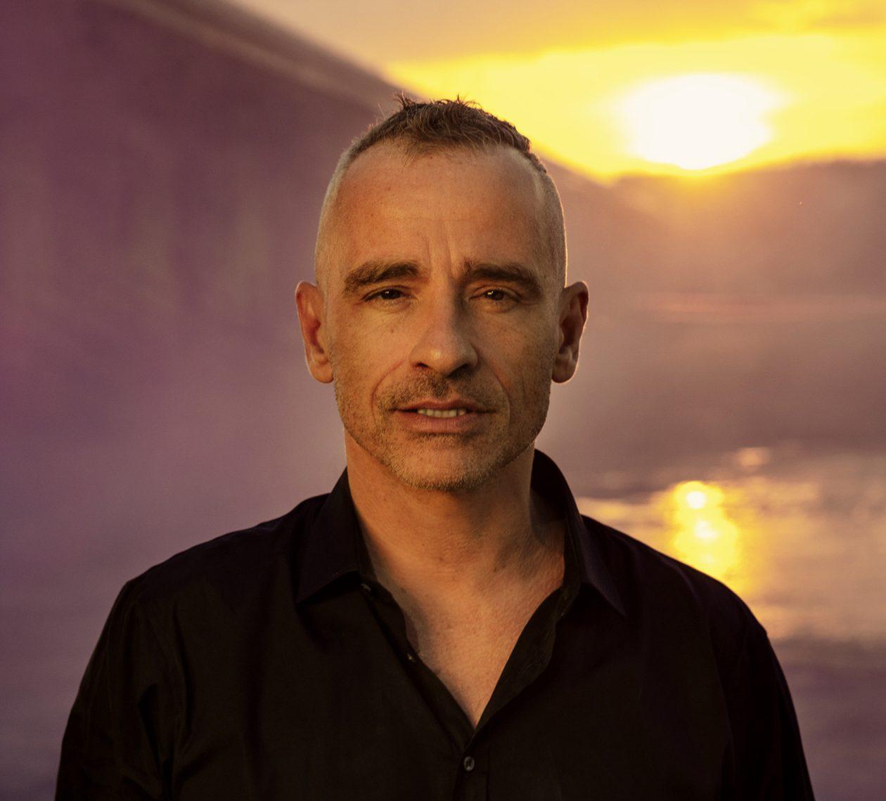 Eros Ramazzotti opina que la música no resuelve problemas, pero ayuda