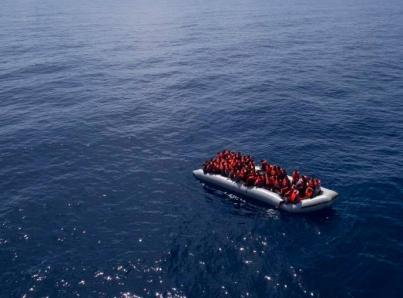 Se ve obligado barco Aquarius a suspender rescates en el Mediterráneo