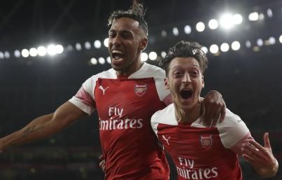 """Arsenal y Tottenham, en duelo de """"cuartos"""" de Copa de la Liga inglesa"""
