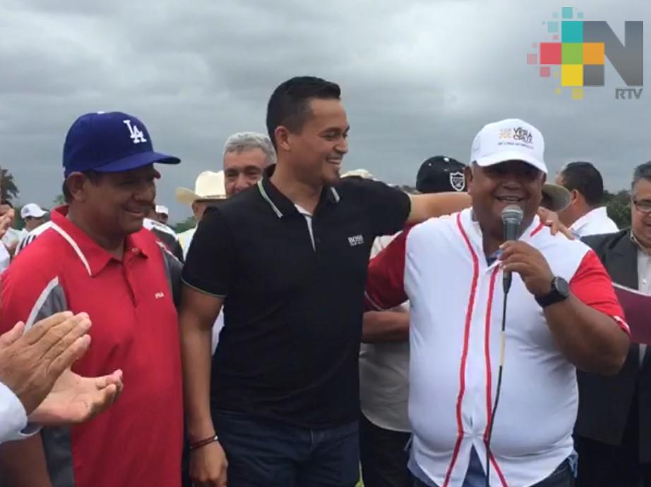 Con cuadrangular de béisbol inicia Congreso Nacional de Caricaturistas en Otatitlán