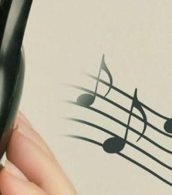 Práctica musical ayudaría a prevenir problemas cerebrales y cognitivos
