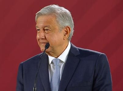 Respetaré fallos de amparos contra Ley de Remuneraciones, afirma López Obrador