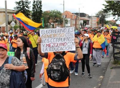 Universitarios colombianos mantienen paro en demanda de más presupuesto