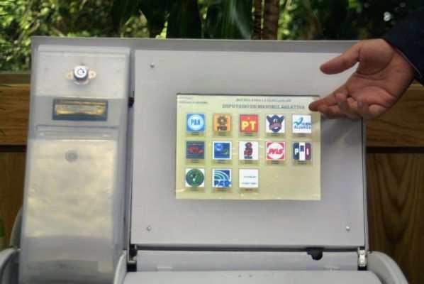 INE impulsará el uso de urnas electrónicas en elecciones del 2021