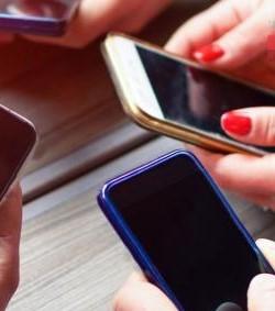 """En Tuxpan promueven la aplicación """"Mujer Alerta"""""""