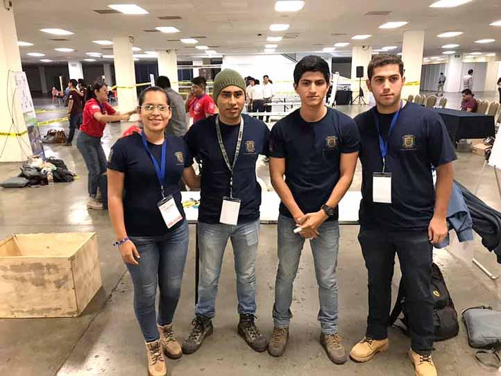 Estudiantes de la UV ganan Concurso Nacional de Geomuros