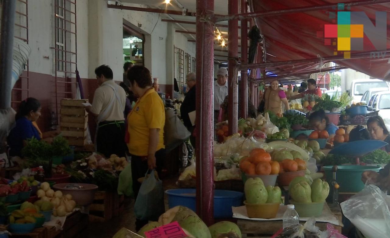 Aumenta retiro de vendedores ambulantes en Coatzacoalcos